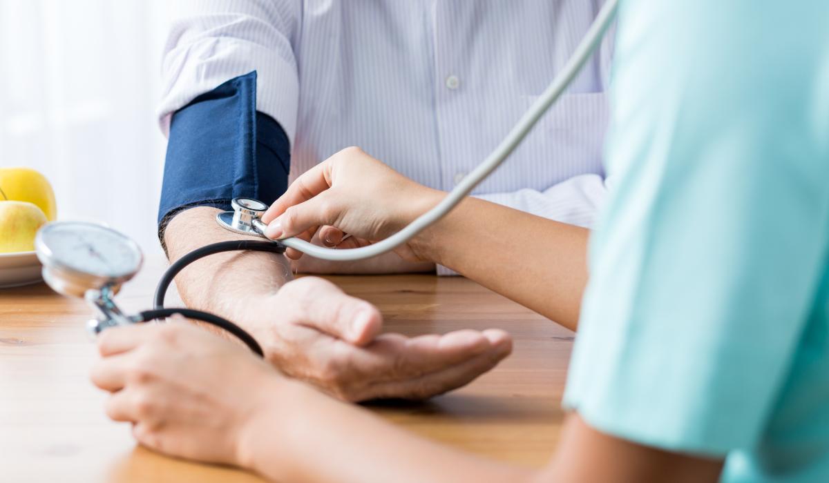 cuidados-auxiliares-enfermeria